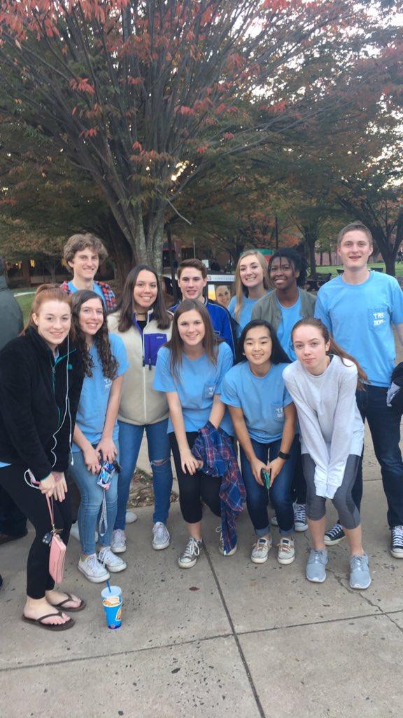 Virginia teen Democrats rally for Hillary Clinton at a Virginia Young Democrats Teen Caucus event